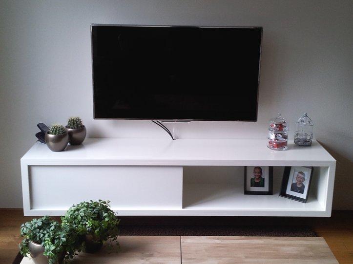 Tv Kast Bed.Floating Tv Cabinet Arturo By Richard