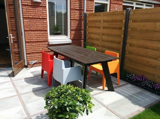 DIY modern table 'Teruel' made by