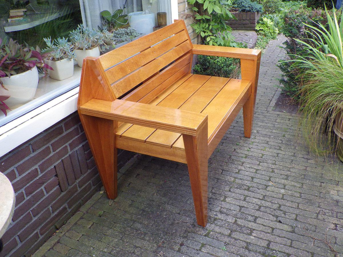 Swell Garden Bench Turbon By G Vd B Gmtry Best Dining Table And Chair Ideas Images Gmtryco