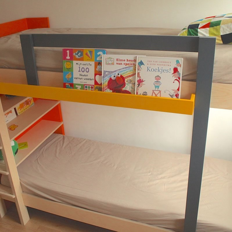 DIY bunk Mila built by Sicco