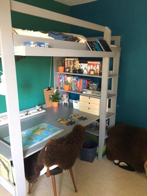 DIY-loft-with-desk-Wolf-by-Bernardine