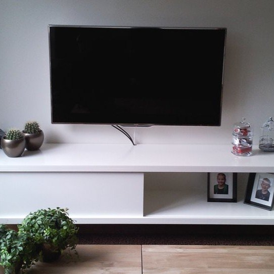 Floating TV Cabinet Arturo By Richard