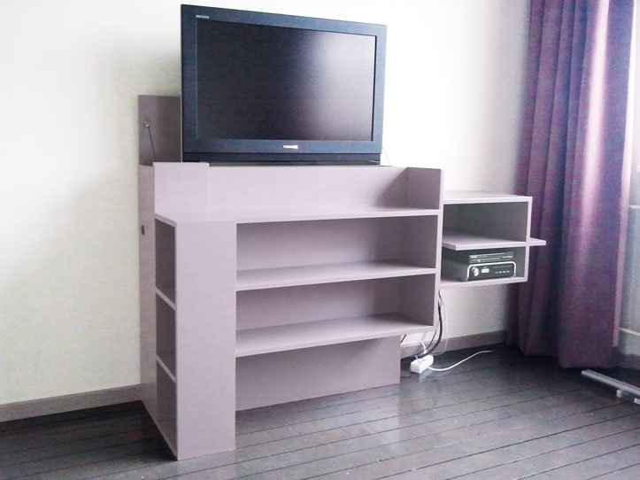 diy tv stand with lift 39 javier 39 by coen. Black Bedroom Furniture Sets. Home Design Ideas