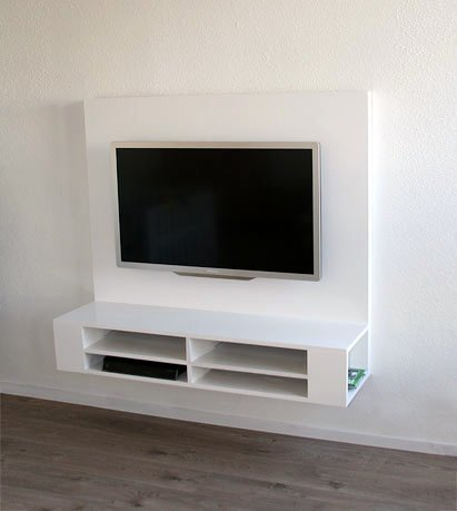 Photo DIY floating TV stand 'Penelope' by