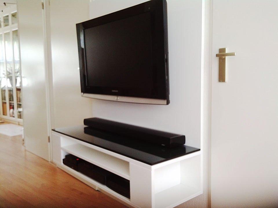 Photo DIY TV cabinet 'Penelope' by
