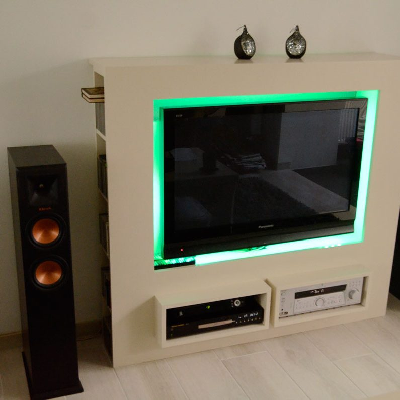 Photo DIY TV-stand 'Antonio' by
