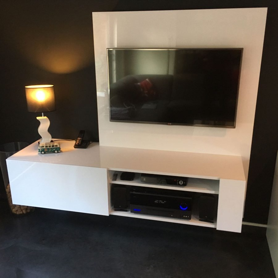 DIY TV-stand Jordi made by Cosmas