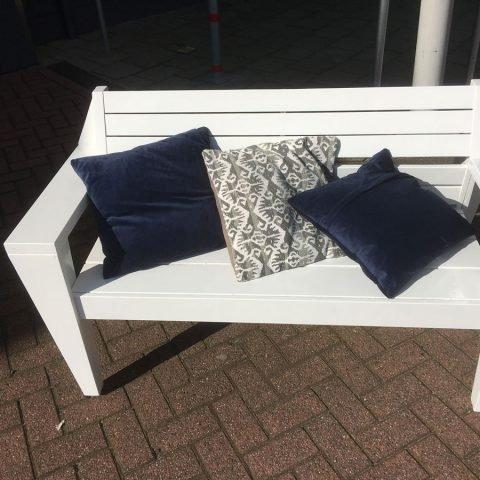 DIY-lounge-sofa-Yelmo-by-Irma