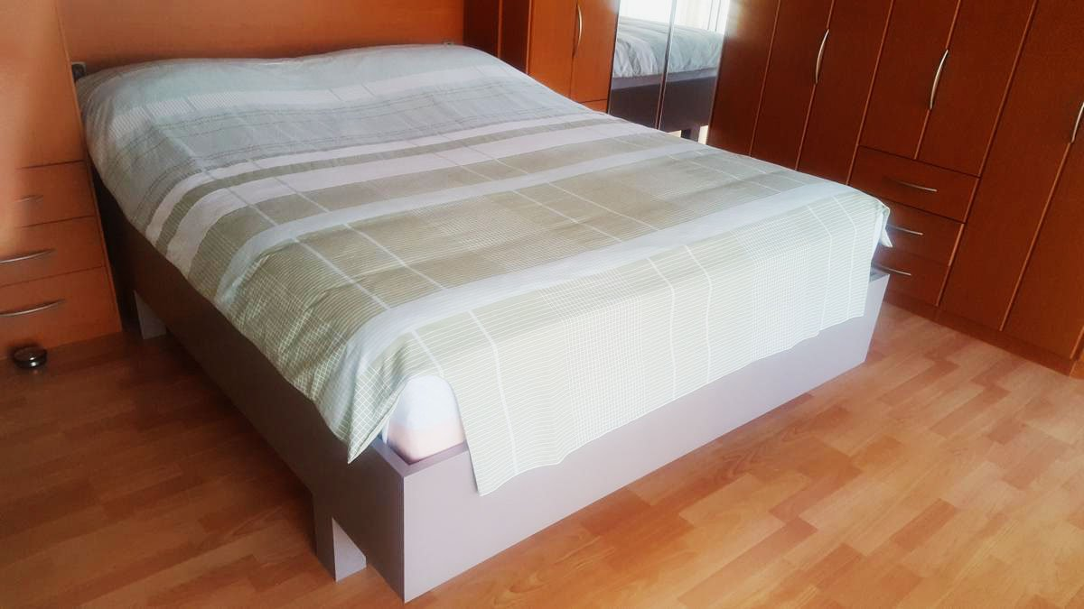 DIY designer double bed 'Azobe' by Luc-N