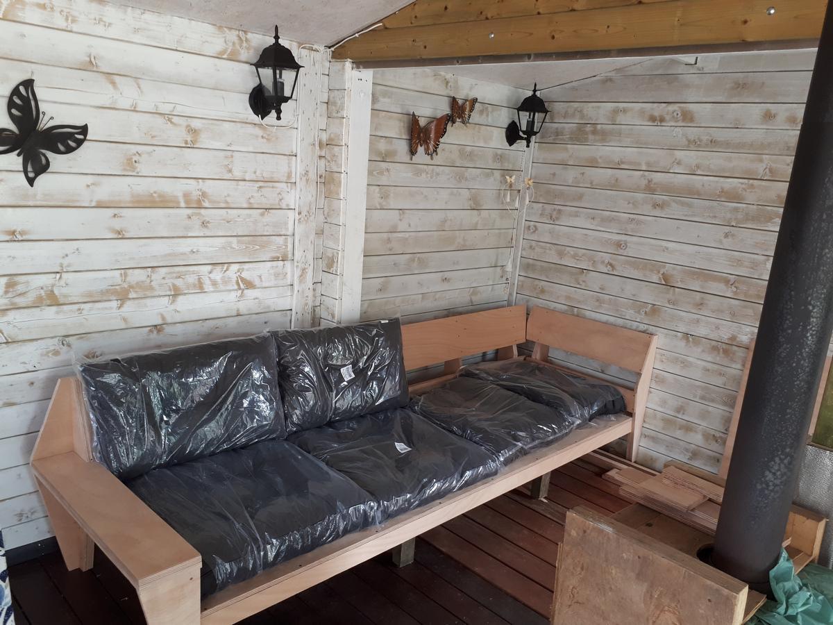 DIY Lounge sofa YelmoXL by Erik, Design Neo-Eko