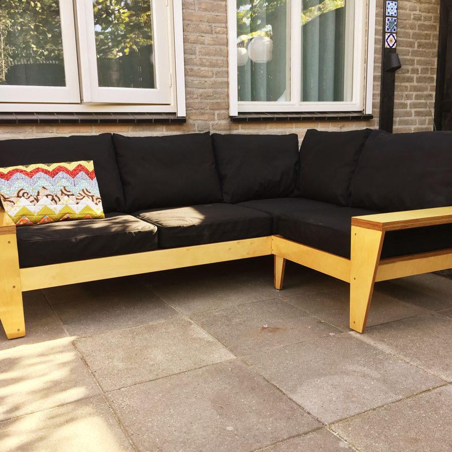 DIY loungeset: YelmoXL built by Ton