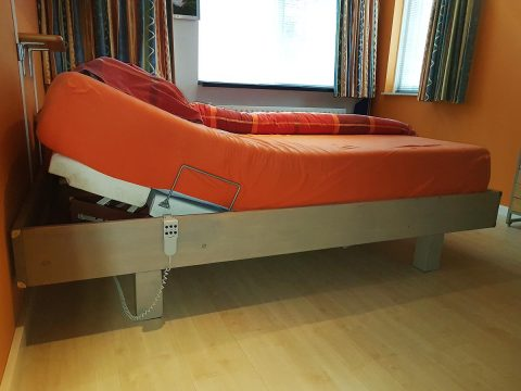 DIY Build it yourself Bed Azobe by Herman